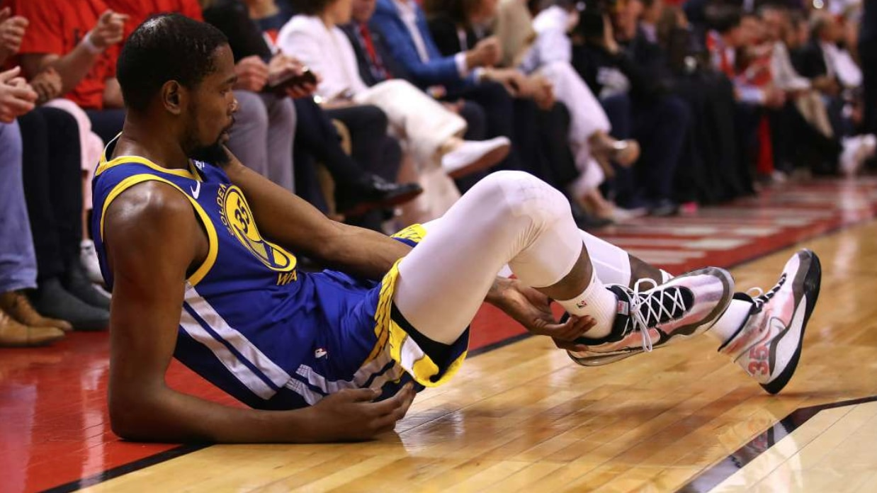 Kevin Durant Injury Update: Warriors star (Achilles) left Scotiabank Arena on crutches & had MRI on Tuesday